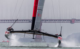 The International Jury issues its decision and Luna Rossa races for the first time